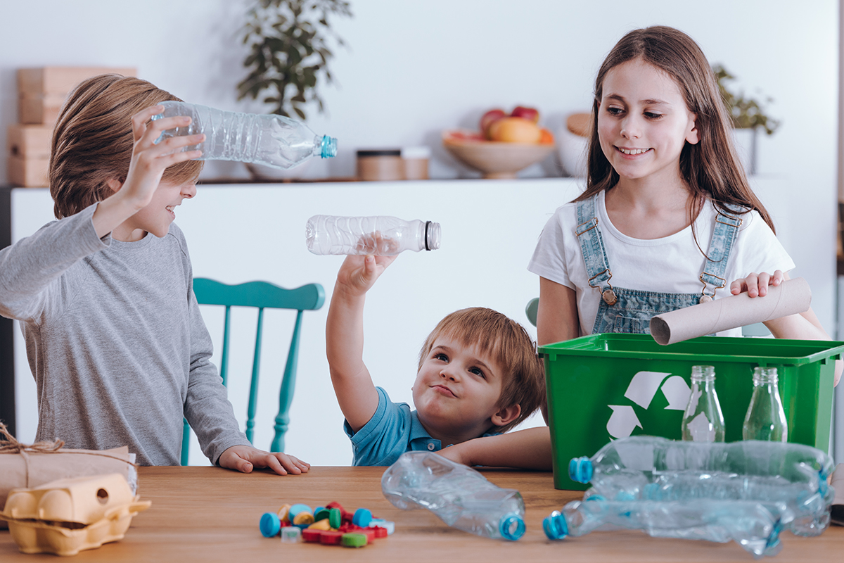 6 ways to recycle at home with your children's help